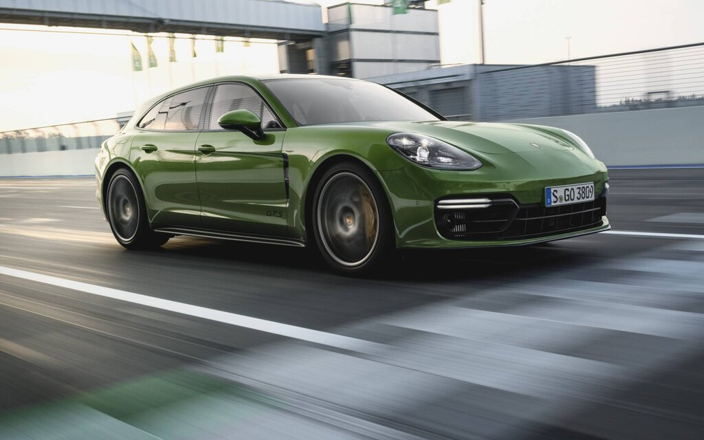 2019 Porsche Panamera News Reviews Picture Galleries And