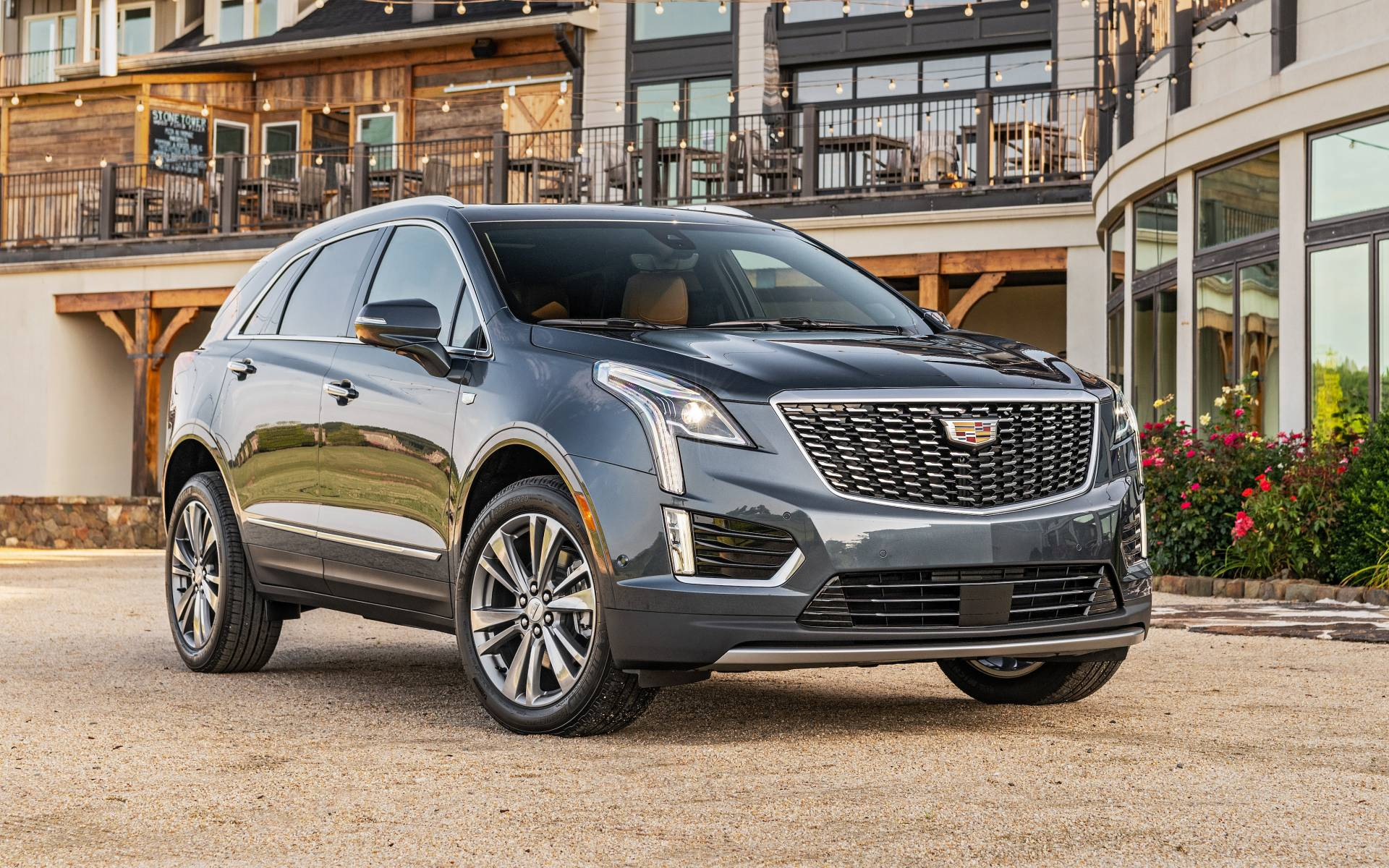 2020 Cadillac Xt5 Review Interior Price Specs >> 2020 Cadillac Xt5 News Reviews Picture Galleries And