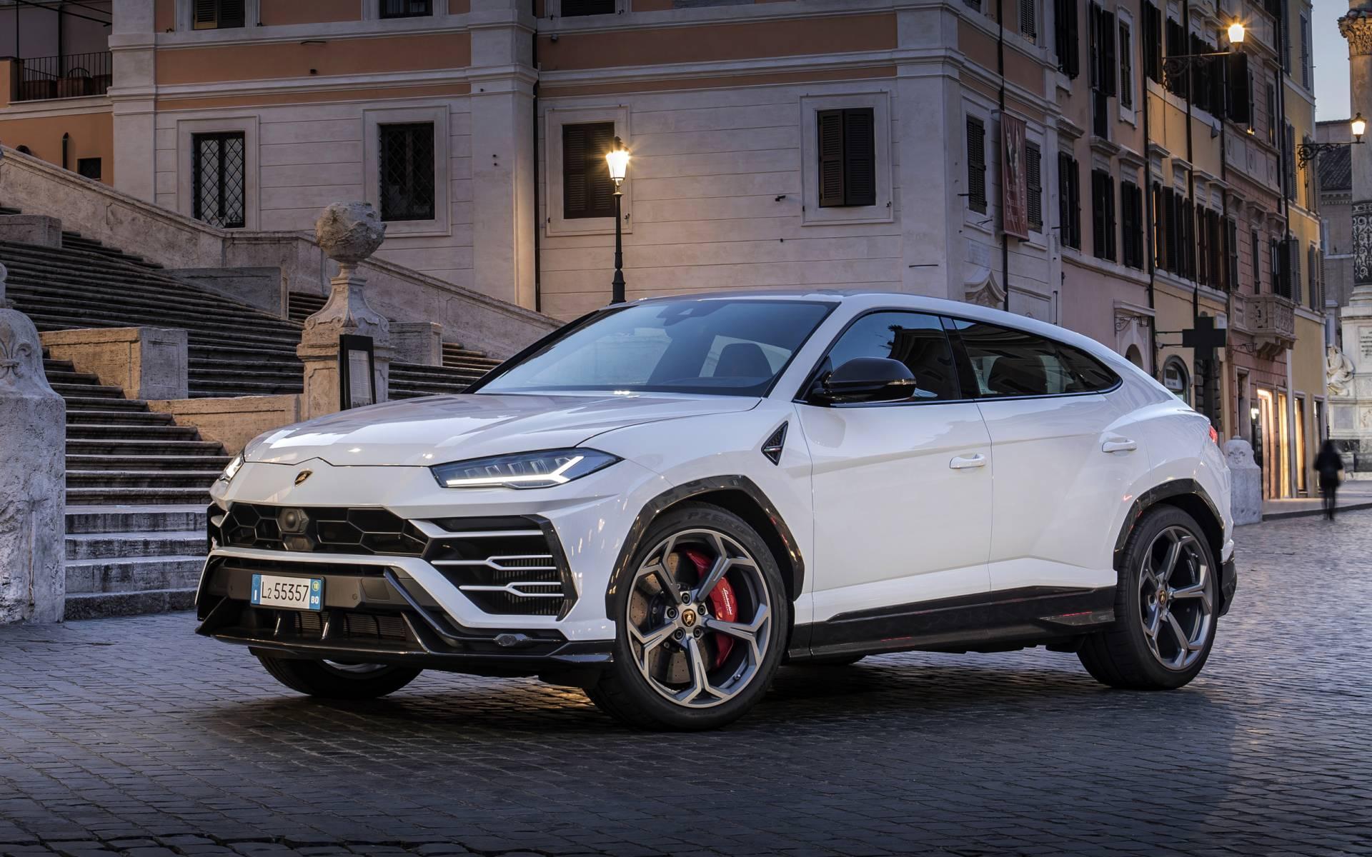 2020 Lamborghini Urus New Review