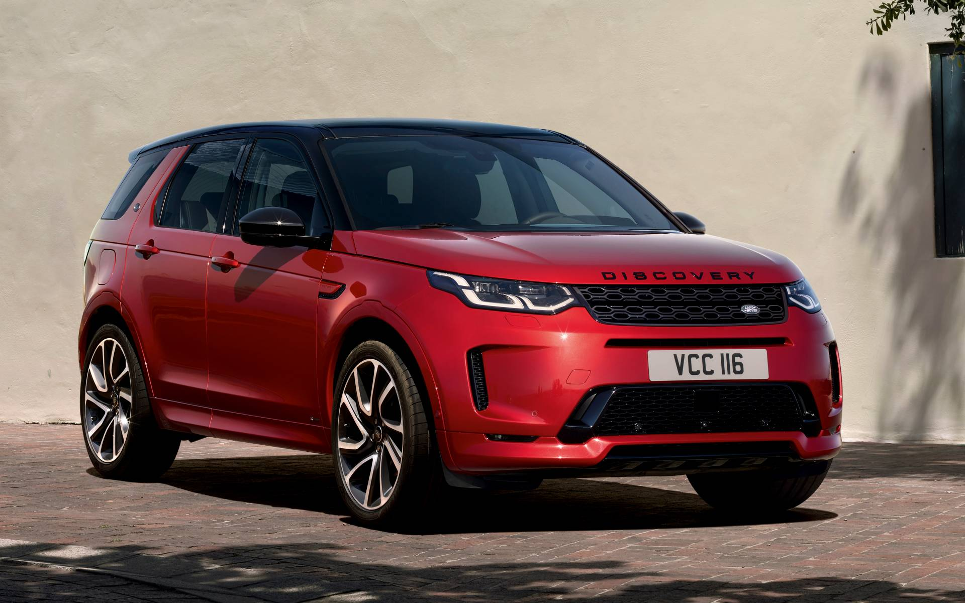 2020 Land Rover Discovery Sport News Reviews Picture Galleries And Videos The Car Guide