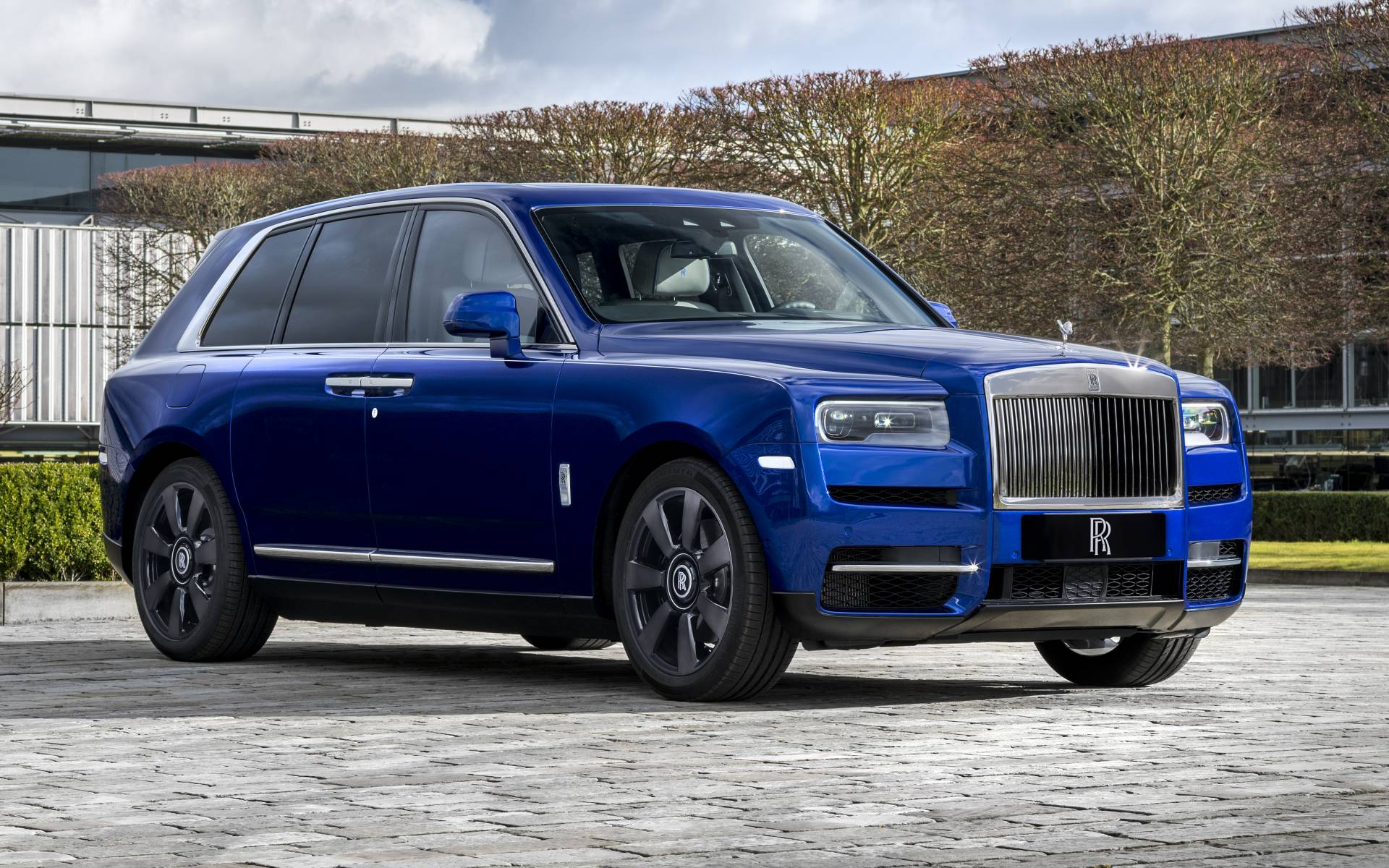2020 Rolls Royce Cullinan Black Badge Specifications The Car Guide