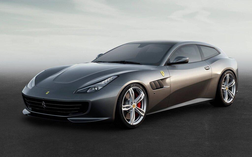Ferrari GTC4Lusso 2021