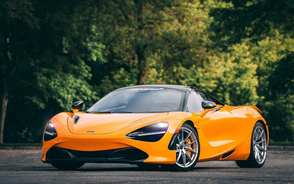 McLaren 720S 2021