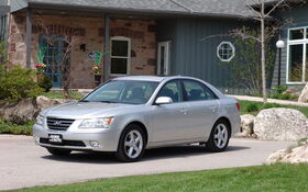 Video Reviews · 2009 Hyundai Sonata