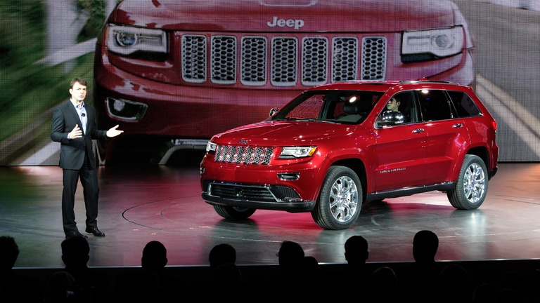 2014 jeep compass and grand cherokee the car guide. Black Bedroom Furniture Sets. Home Design Ideas